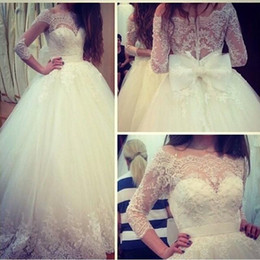 Vintage Ball Gowns Wedding Dresses 2016 New Arrival Lace Bridal Dress Long Sleeve Bateau Neckline Sweep Train