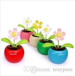 Wholesale Home Car Flowerpot Solar Power Flip Flap Flower Plant Auto Swing Dance Toy Drop shipping