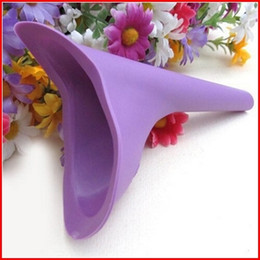 Wholesale Protable Travel Urinal Device Female Camping Urination PEZ For Women