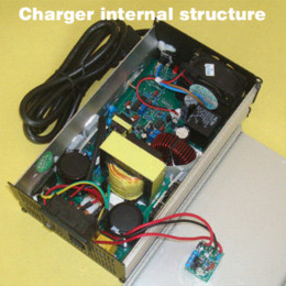 36V 4A Charger Hight Power Lithium Battery Smart Charger, Use of switching power supply technology, Input 90-264V Output 42V 4A