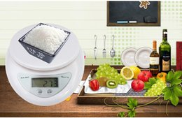 Wholesale Best selling Brand new g g kg Food Diet Postal Kitchen Digital Scale scales balance weight weighting LED electronic Free