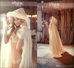 Cheap 2018 Hot Hooded Bridal Cape White Ivory Wedding Cloaks Faux Fur For Winter Evening Wedding Bridal Jacket Wraps Long Floor Length