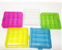 Wholesale AA AAA Battery case batteries cases Portable Hard Plastic Case Holder Storage Box transparent color cheap price with high quality