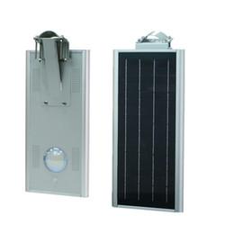Длительный срок службы 15W Интеллектуальная панель солнечных батарей Светодиодные уличные светильники в садовом дорожном парке High Way Рабочая температура от Производители панели солнечных дорог