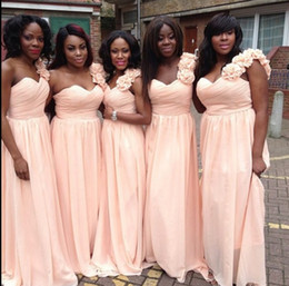 Plus Size Bridesmaid Dresses One Shoulder with Handmade Flowers Spring Cheap Maid of Honor Gowns A Line Pleated Chiffon