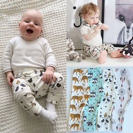 Wholesale 2016 big Baby INS pp pants Leggings Tights Pants boy girl animal fox tiger panda Geometric patterns pants trousers Leggings fit T E531