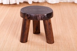 Wholesale Japanese Antique Wooden Round Stool Paulownia Wood Small Asian Traditional Furniture Living Room Portable Low Stand Stool Design