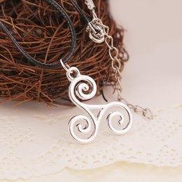Wholesale 2015 Hot Movie Jewelry Teen Wolf Necklace Triskele Triskelion Allison Argent Silver Color Pendant Jewelry High Quality Cheap necklaces Gifts
