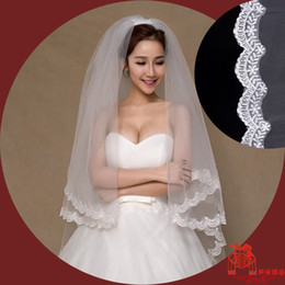 Wholesale 2016 Simple white wedding bride wedding veil beautiful double lace wedding accessories factory direct HY00144