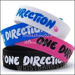 Wholesale 50PCS Lot So in Love with One Direction Silicone Wristband 1 Inch Wide Bracelet Promotion Gift