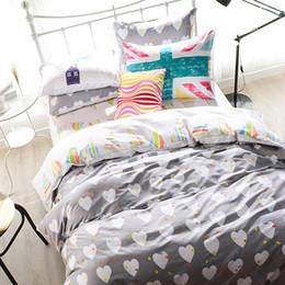 Diseño del corazón fresco gris ropa de cama de tamaño queen-set, sistemas de la cubierta de algodón edredón edredón puros, manta conjunto edredón de seda natural, suave edredón / / desde edredones de seda pura proveedores