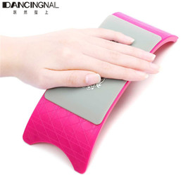 Wholesale Comfortable Nail Art Pillow Hand Holder Cushion Plastic amp Advanced Silicone Cushion Nails Arm Rest Manicure Tool Equipment
