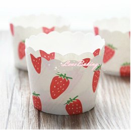 Wholesale Normal Size Strawberry Baking Paper Cupcake Liners Paper Cases Cupcake Wrappers Muffin Cake Tray Baking Cups