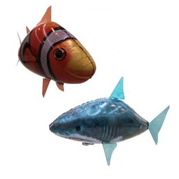 Wholesale Sample Order Remote Control Animals Flying Fish Inflatable Assembly Clown Fish Shark Toys Christmas Gift For Kids S30188