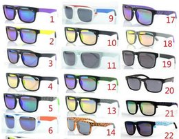 Wholesale New Sunglasses KEN BLOCK HELM Brand Cycling Sports Outdoor Men and Women Optic Wayfarer Sunglasses Sun Glasses Colors
