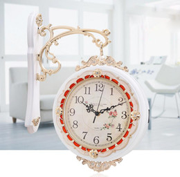 Wholesale European Antique Nostalgic Double Side Wall Clock Home Decorative Super Silence Wall Clock Living Room Store Wall Clock