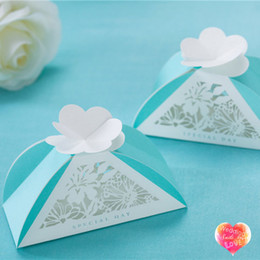 New Blue Favor Boxes Wedding Candy Favors with White Laser Cut Hollow Flora WISHMADE CB019_S Creative Chinese Party Gift Paper Boxes
