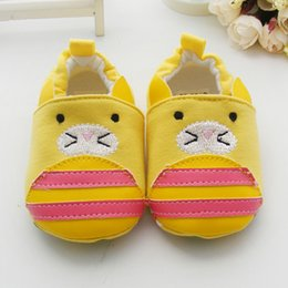 Wholesale Beaver Male And Female Baby Toddler Fashion Shoes For Months