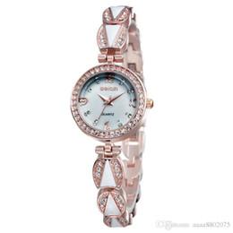 Cerámica blanca reloj de pulsera en venta-Relojes Mujer 2015 WEIQIN Las mujeres de oro de Rose de las mujeres blancas de los relojes de cerámica de las altas mujeres visten el Rhinestone de lujo del reloj Relojes de pulsera