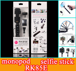 Wholesale RK85 E Handheld in Foldable Aluminium Alloy Bluetooth Monopod Selfie Stick RK85E with zoom and Bluetooth shutter button for smartphone