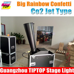 Wholesale Flight Case Packing CO2 Big Confetti Machine Eject Height meter No Need Power Rainbow Paper Machine co2 gas cannon