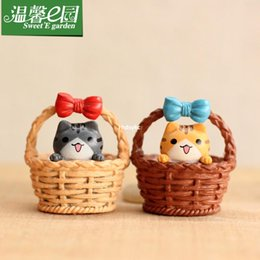 Wholesale mini microlandschaft cute craft E cozy garden landscape moss micro flat baskets jewelry ornaments kitty cat owners DIY assem
