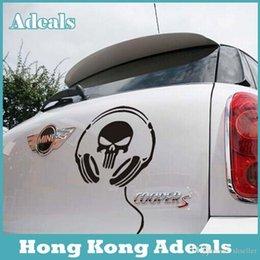 Wholesale White Black Devil Skull Headphones Car Sticker Styling Skull And Crossbones Kit Car Stickers Fuel Tank Cap Decor Sticker A2