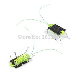 Wholesale Solar Powered Crickets - Wholesale-Solar Power Toy Energy Crazy Grasshopper Cricket Kit christmas gift Toy Free Shipping Mail EMS DHL