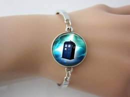 Wholesale Doctor who police box turquoise blue bracelet Doctor who silver bracelet tardis Jewelry Time Machine jewelry bracelet with gift bag