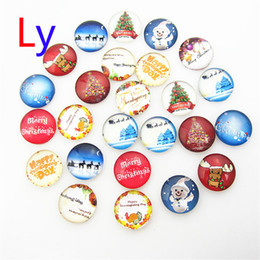 Wholesale Hot Interchangeable Snap Buttons Christmas Tree snowman Mix styles mm Glass Snap Button Charm Glass Button NOOSA Snaps Jewelry NOOSA chunk
