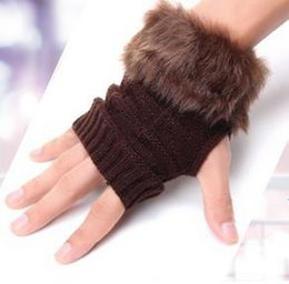 Wholesale-Free shipping Autumn and winter to keep warm, seven color knit fingerless gloves Han edition joker couples half gloves