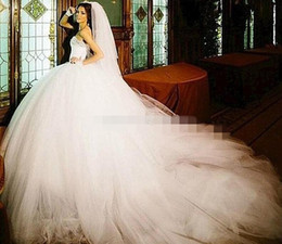Real Puffy Ball Gown Wedding Dresses with Rhinestone Bridal Party Dress Long Skirt Tulle Wedding Gowns
