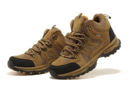 Caoutchouc respirante à vendre-Caoutchouc Vibram gros-fashion antidérapante Intensifier chaussures de randonnée en cuir respirant étanche GORE-TEX chaussures d'escalade en plein air Hommes Sneakers
