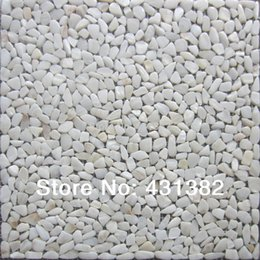 Wholesale HOT Natural Mother of pearl shell mosaic tile irregular shape on mesh natural colour