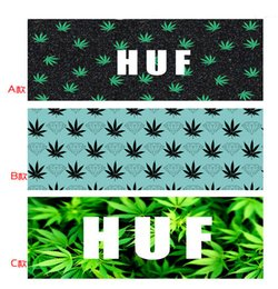 Wholesale LJJD3338 Good quality Bath Towels maple leaf towels Unisex Bath Towels Beach Towels Floral Printed Bath Towels