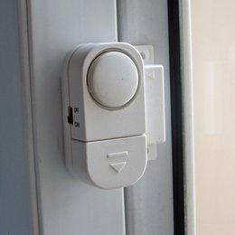 Promotion entrée de la porte de sécurité Alarme sans fil de sécurité à domicile 90dB porte fenêtre RV alarme intrusion 200pcs / lot
