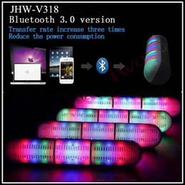 Promotion mains libres universel New Kingwon Pill Président Led Eclairage Flash JHW-V318 Bluetooth Wireless Portable Speaker Bulit-in Mic mains libres Haut-parleurs USB TF de soutien FM