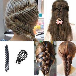 Descuento estilos de trenzar el pelo de la muchacha 1X herramienta que trenza de pelo muchachas de las mujeres de la torcedura del fabricante del bollo mágico que labra Cerraduras Tejidos