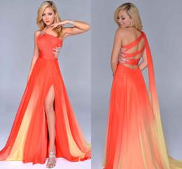 Gradient Ombre Prom Dresses Orange Chiffon Side Split Evening Formal Gown One-Shoulder Party Dress Criss Cross Straps Back Beautiful