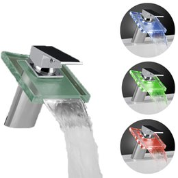Wholesale Temperature sensitive colors Solid Brass Glass Bathroom Vanity Sink Lavatory LED Faucet Chrome Finish