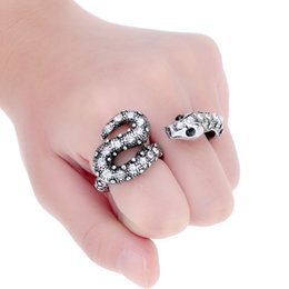 Wholesale Vintage Men Women s Silver Snake Shinning Rhinestone Double Round Finger Rings Retro Jewelry J0579