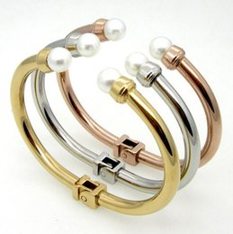 Fashion Style Never Fade Silver Gold Rose Gold Three Tone 2.26'' 316L Stainless Steel Open Cuff Bracelet With White Pearl Charms Bangle