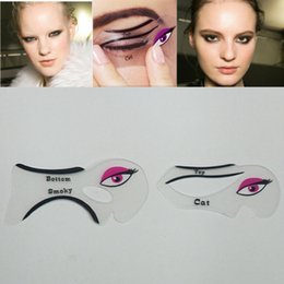 Wholesale set sexy Cat Eye Stencils Makeup Stencil Eyeline Models Template Eyeliner Card Auxiliary hot girl Smoky eyeliner tool