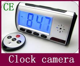 Pc hd en Ligne-Spy HD caméra cachée horloge 2014 Date réveil numérique Détecteur de mouvement Enregistreur vocal numérique vidéo PC avec télécommande 10pcs de contrôle / lot