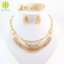 Fine Jewelry Sets Wedding Gold Crystal Necklace Set Party Women African Beads Fashion Bridal Ring Bracelet Earrings Accessories