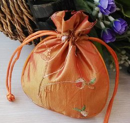 Free Ship 30pcs Handmade High quality 11*13cm Embroider Brocade Brocart Bag Jewelry Bags Candy Beads Wedding Party Gift Bags