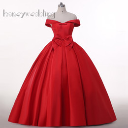 Real Sample Off Shoulder Dresses Evening Wear With Bowknot Trimmed Draped Burgundy Red Satin Lace Up Women Maxi Long Prom Dress Ball Gowns