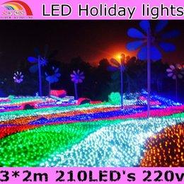 Rgb led net à vendre-Gros-Nouvelle chaîne de 2015 LED vacances Net Lumière 210 Led 220V lumières pour Fournitures Luminarias Noël Garland Wedding Party