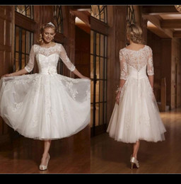 A line White 2015 Short Wedding Dresses Scoop Lace Appliques Half Sleeve Custom Made Vintage Bridal Gowns Cheap Knee Length Wedding Dresses