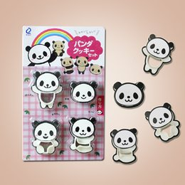 Wholesale Sale Time limited Cooking Tools Pizza Baking Mould Cartoon Panda Cookies Biscuit Set Two color Biscuits Shear Modulus